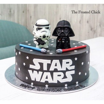 Star Wars Cake (with Two toppers)