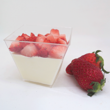 Strawberry Panna Cotta (Per Dozen)