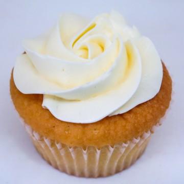 Very Vanilla Cupcake